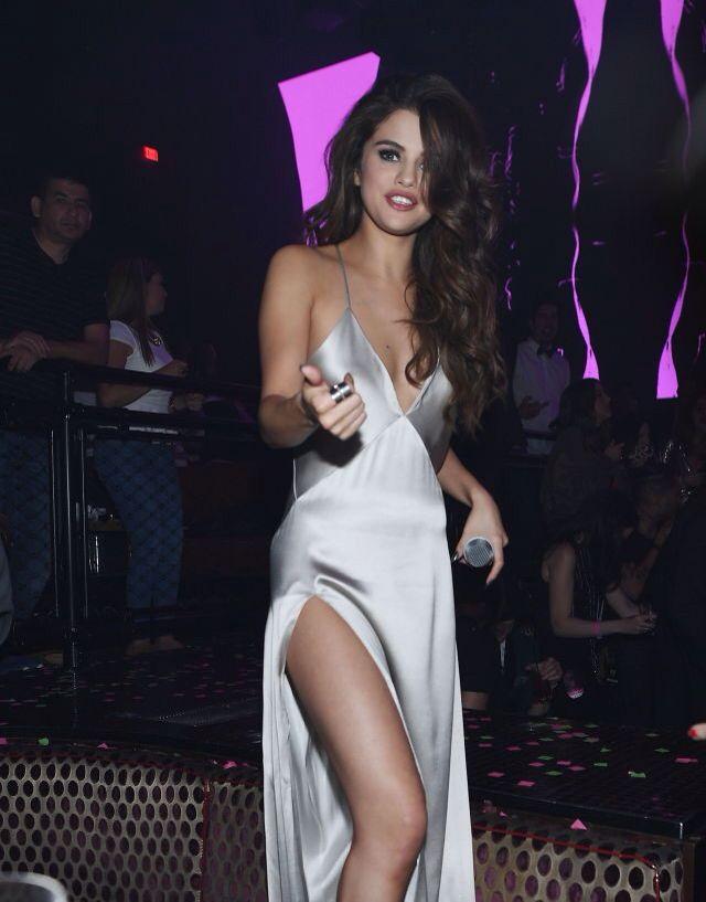Selena Gomez 2016 - Las Vagas - Revival Tour