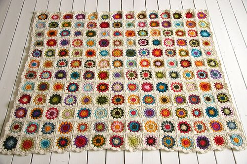 I will create this: Crochet Blankets, Crochet Granny Squares, Crochet Afghans, Afghans Patterns, Square Blanket, Crochet Squares, Grannysquares, Squares Blankets, Crafts