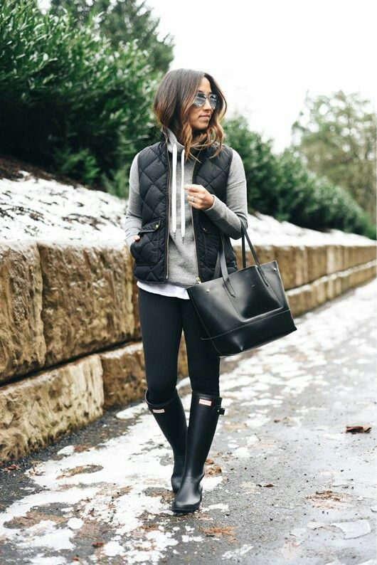 J.Crew cowlneck sweatshirt // J.Crew vest // Lucy leggings // Hunter 'Tour' rain boots // J.Crew tote // Ray-Ban silver mirrored aviators Leggings - http://amzn.to/2id971l