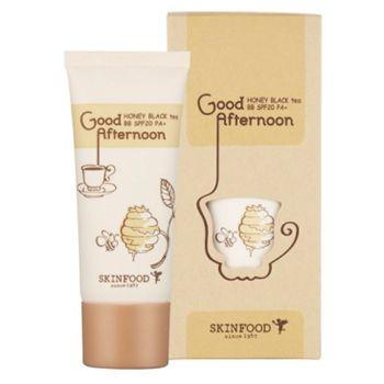 SkinFood Good Afternoon Honey Black Tea BB Cream este un BB Cream hidratant cu rezistență îndelungată ce ajută la menținerea unui ten luminos pe toată durata zilei.