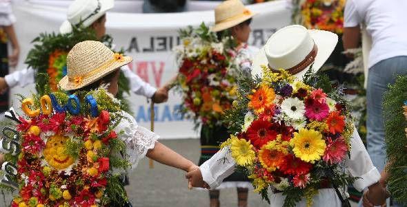 Desfile silleteritos, Medellín, Colombia  <3