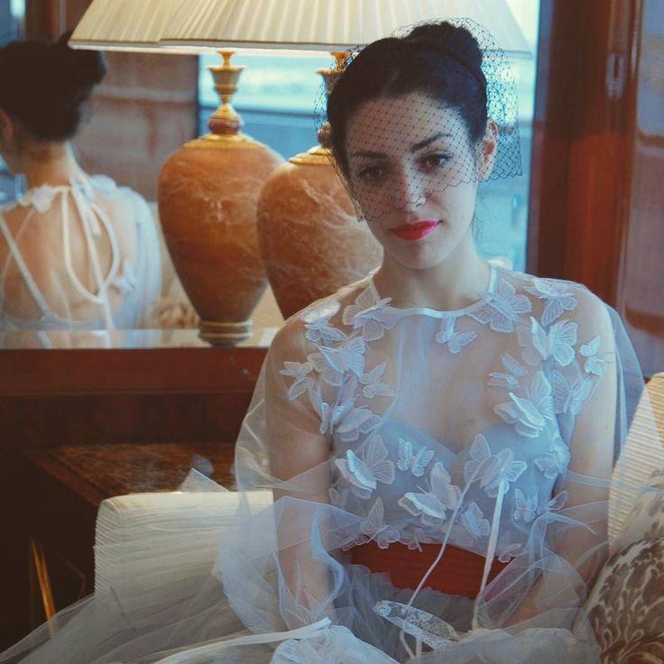 Veletta nera Accessori Handmade Rinaldelli. Grazie a @oxanafashion per l'abito!  #moda #fashion #womenfashion #instaitalia #instaitaly #italy #fascinator #instagood #instadaily #instalike #madeinitaly #arte #artigianato #artigian #ragazza #style #hatsummer #hat #cloche #accessories #artigianatoitaliano #accessoryaddict #modella #modelle #model #igers #igersoftheday #portrait #love #girl