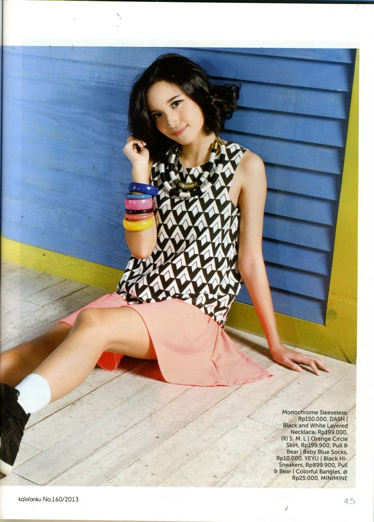 (X)S.M.L Black and White Layered Necklace is appeared on Kawanku - 18 September-2 Oktober 2013
