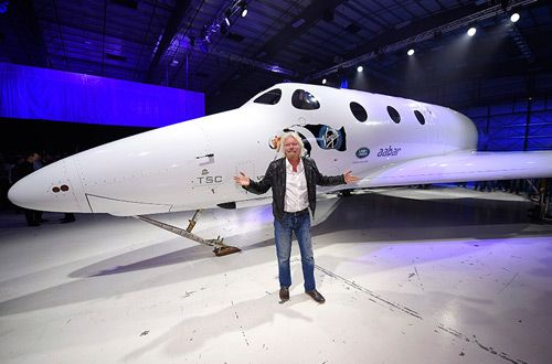 Ричард Брэнсон представил новый космический корабль для туристов