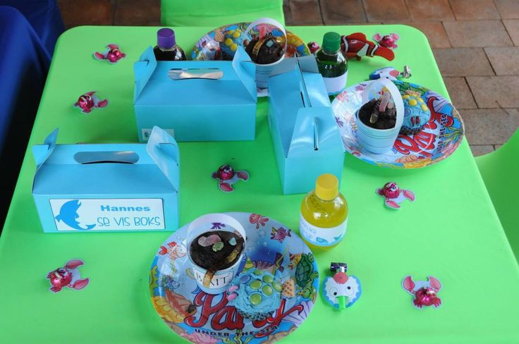 Fish theme party - Party Packs, little bait buckets, personlised cold drinks, you name it, we'll do it!