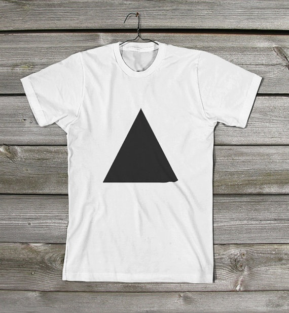Triangle shirt by Akzidents Shop