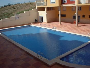 A 2 bed 1 bath 2nd floor apartment on the popular Las Brisas complex in Puerto de mazarron. The large open plan lounge diner which has just been newly furnished with a sofa bed, TV & DVD with Spanish free sat and dining table seating 6 people. - See more at: http://www.akilar.com/listing--1131.html#sthash.yVimIBiZ.dpuf