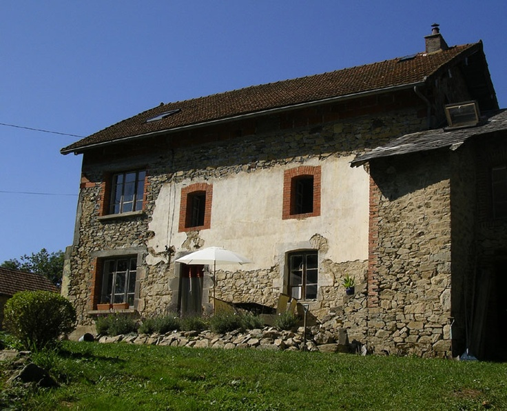For when I retire in Europe. Charming 3 bdrm 300 year old french farmhouse. So beautiful