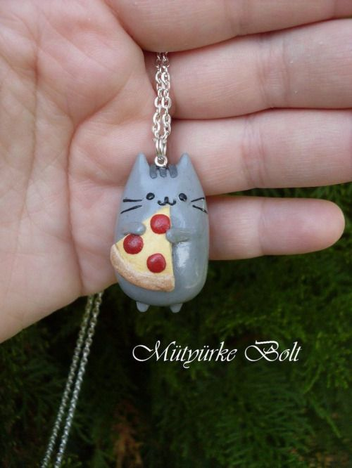 love this cat pandant necklace ,cheap fashion jewelry ,shop at www.favorwe.com