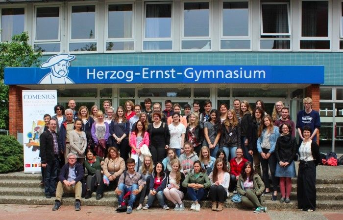 Herzog Ernst Gymnasium Comenius Project - Show The Artist In You