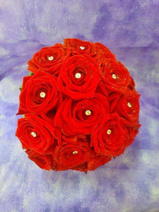 Shine.red.wedding.bouquet