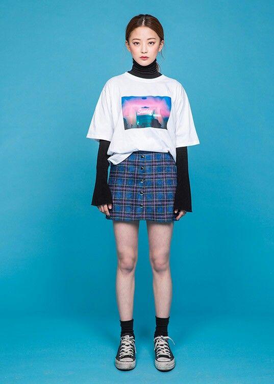 T Shirt Skirt Converse Simplicity Is Key Pinterest Shirt Skirt Converse And Ootd