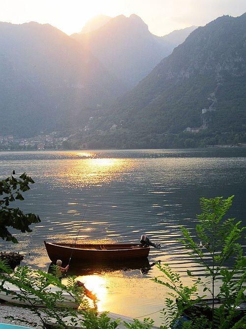 Lake D'ldro, Italy                                                                                                                                                                                 Mais