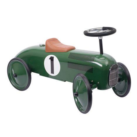 Deze gave groene oldtimer loopauto is niet alleen leuk om mee te spelen, maar staat ook nog eens superleuk als accessoire in de kinderkamer of woonkamer. Ook zijn deze retro loopauto's erg leuk om als kraamcadeau te geven, omdat kindjes hier jaren plezier van kunnen hebben. Geschikt voor kindjes vanaf 12 maanden. Te vinden bij Sassefras Meisjes Speelgoed voor écht peuter en kleuter speelgoed.