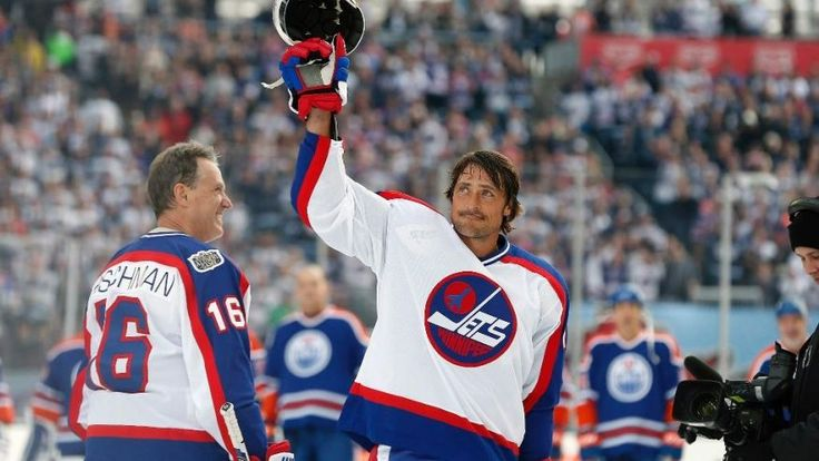 The Finnish Flash was back at it  in front of his loving Winnipeg Jets fans. Teemu Selanne scored his second goal on a penalty shot with 4 second left to give the Jets a 6-5 victory over Wayne Gretzky and the Edmonton Oilers in the Heritage Classic alumni game at Investors Group Field. Selanne, retired for two seasons, beat goalie Curtis Joseph between the pads for the winner. 10-22-2016