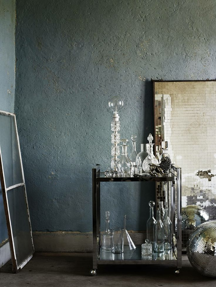 Dark colored walls: The taste of Petrol and Porcelain | Interior design, Vintage Sets and Unique Pieces www.petrolandporcelain.com