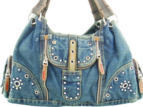 "INSPIRATION: Denim recycled western-style bag {Reciclar un vaquero~~literally, ""recycle a cowboy""!}"