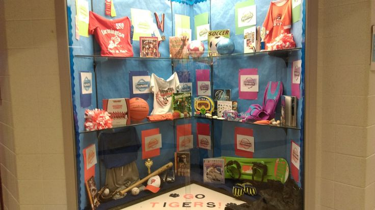 Here's one awesome way to use your school's display case for Big World Recess. Great job, North Trail Elementary in Minneapolis, MN!