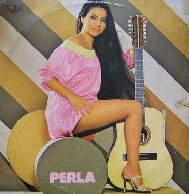 Perla ou Ermelinda Pedroso Rodríguez D'Almeida ,cantora paraguaio-brasileira.