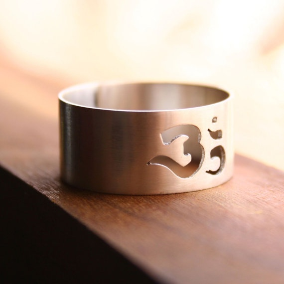 Sterling Silver Unisex OM Ring  Om Ring by indiaylaluna on Etsy, $50.00
