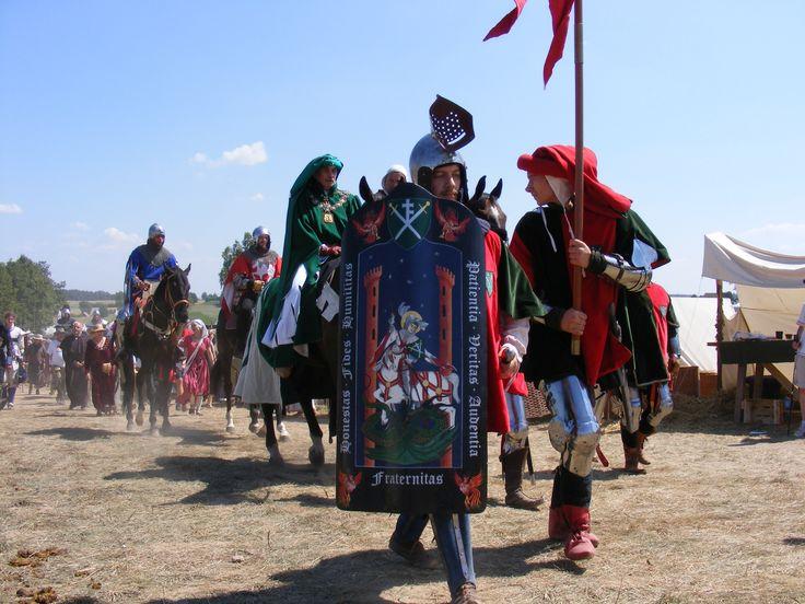 Hetman na czele swej chorągwi. W drodze na pole bitwy- inscenizacja Bitwy pod Grunwaldem 2010.