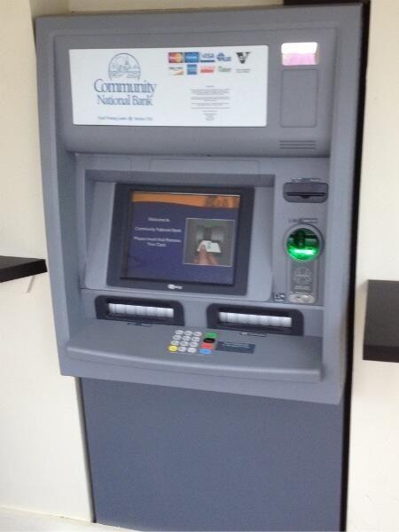 Le DAB. Le distributeur automatique de billets.