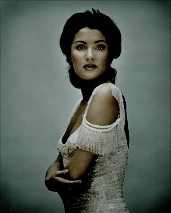 "Anna Netrebko - the ""Audrey Hepburn of opera"", my favorite contemporary soprano and classical performer"