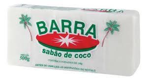 O sabao de coco e bom para pele seca e todos tipos de pele e para caspa e seborreia.