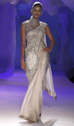 A Gaurav Gupta Creation: Vogue India, Saris Wedding, Sarees India Pakistan S Asia, Ornate Saree, Saris Blouse Designs, Beautiful Dresses Gowns, Saree India Pakistan S Asia, Autumn Wint 2012, Gupta Autumn Wint