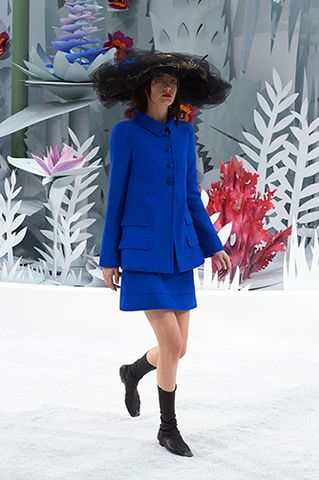 CHANEL Spring Summer Haute Couture 2015 Show. #FashionNews <Courtesy Photo>.