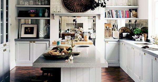 Modern kitchen - photo