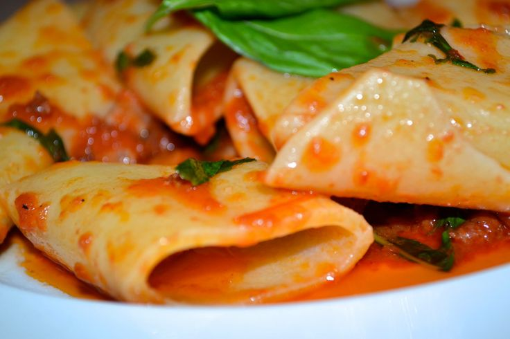 Paccheri all'amatriciana. The difference is the pasta.