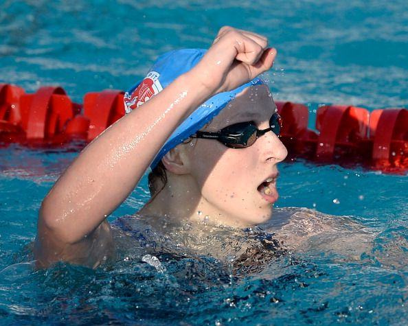 Ledecky breaks 400m freestyle world record to win gold at National Championships