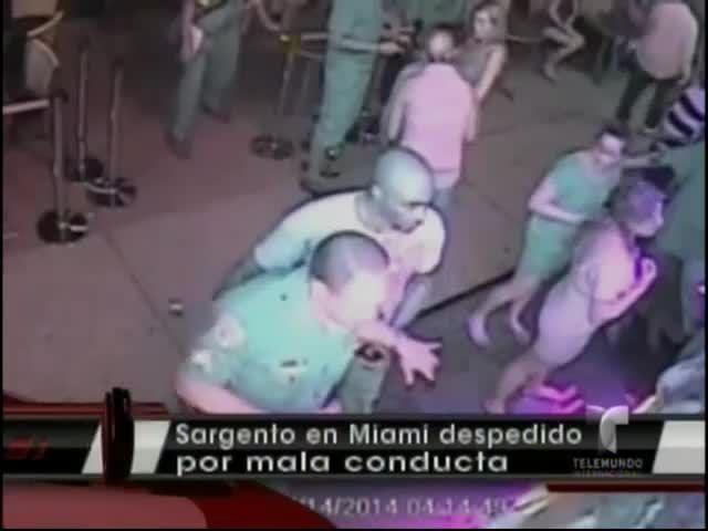 El Escándalo Del Oficial De Policía De Miami Grabado Borracho En Un Club Y Bebiendo En La Oficina #Video