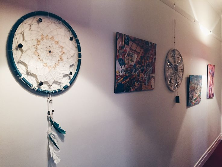 Lovely as always catching up with Pauline @ Naturally U in Richmond. A couple of my pieces are on display and available through her centre  #dreamcatchers #madeinmelbourne #weavings #weaving #weavers #melbournehealers #homeinspo #boho #bohochic #stillness #reflection #absorb #reflect #grow #healthyself #etc