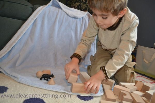 Guided storytelling for preschoolers using prompts and props