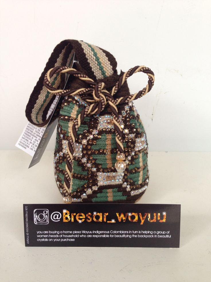 HERMOSAS MOCHILAS WAYUU EN CRISTALES INFO +57 3115026491 INSTAGRAM: @BRESAR_WAYUU - WWW.BRESAR.COM.CO