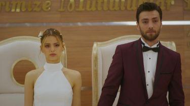 Paramparça Cansu ve Deniz evleniyor! Full HD izle | Star TV
