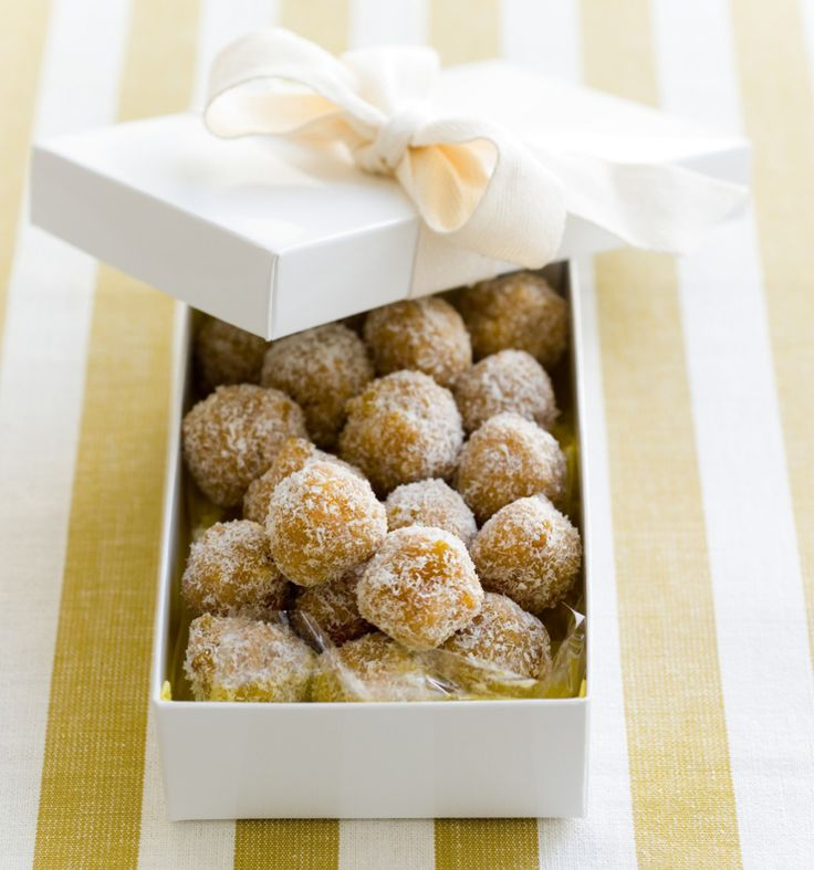 Snack Recipe - Apricot and Chocolate Balls   #recipe #healthyeating