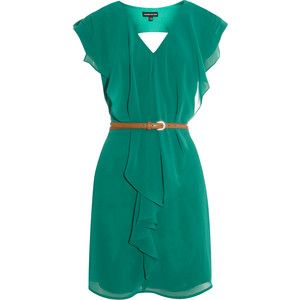 This dress is gorgeous! Love the color and style! Makes me want to go on vacation!