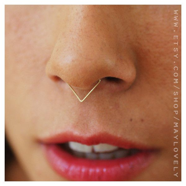 Triangle Septum nose ring, Septum Ring Gold, Gold septum, Septum,... ($6.99) ❤ liked on Polyvore featuring jewelry, chevron jewelry, triangle jewelry, gold jewellery, gold jewelry and yellow gold jewelry