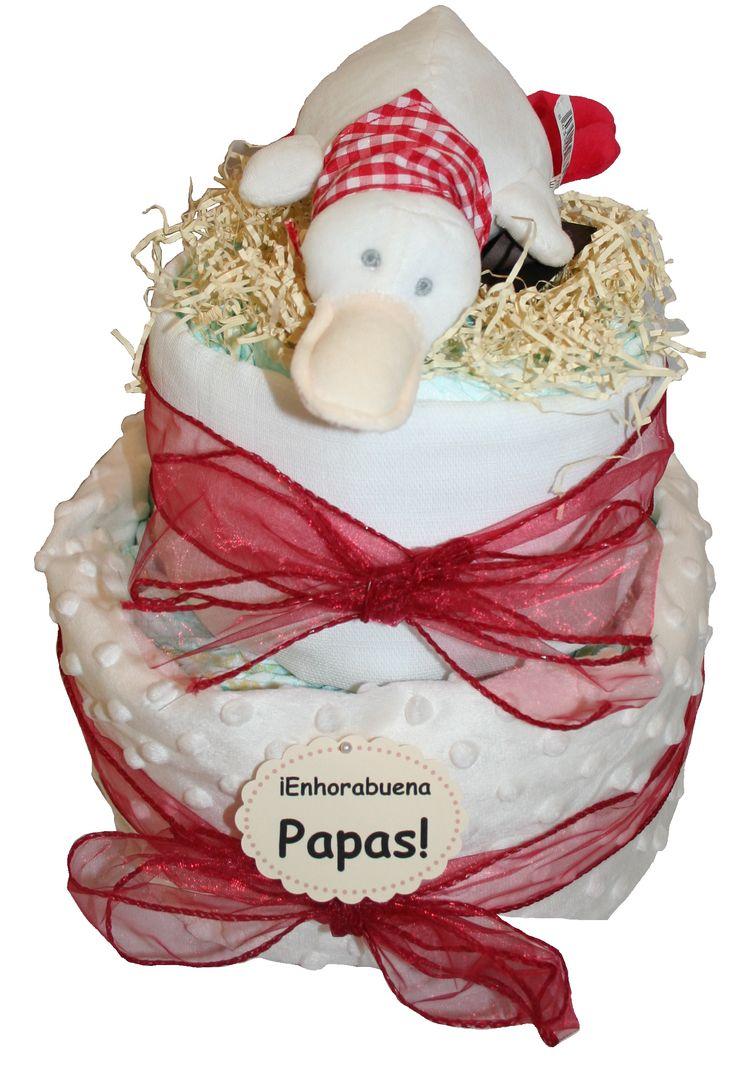 Preciosa tarta de pañales de estilo country chic por sólo 49.95€  Contiene: - 40 pañales Dodot 12 horas seco Talla 2 o Chelino Talla 2 (3-6 Kg)  o 3 (4-10 Kg) , a elegir en el menú desplegable.  - Manta de topitos tacto suave 75 x 100 cm, color beige - Muselina o gasita en color blanco - Pato de peluche Country de Chocolat Baby www.lacestitadelbebe.es