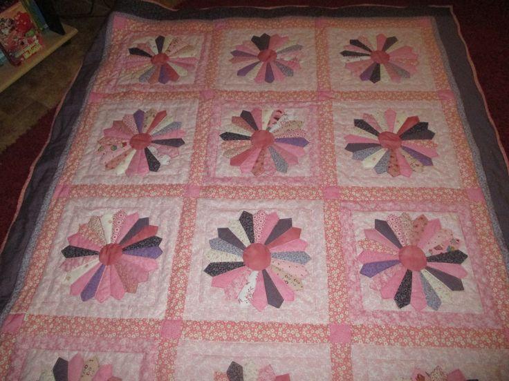 Dresden plate-blanket