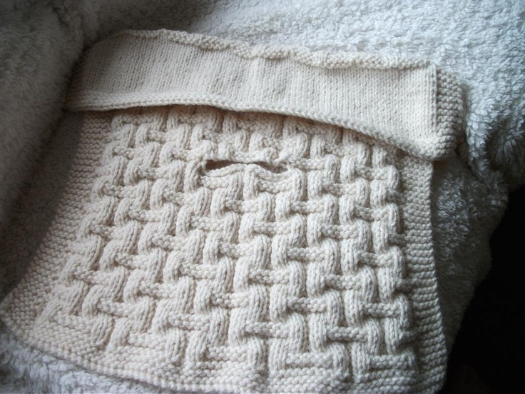 Baby car seat blanket, basket stitch, chunky. .