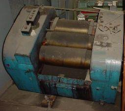 10 in. X 20 in. BUHLER THREE ROLL MILL  HYD. 25 HP 2 SPEED  www.arnoldeqp.com/1014