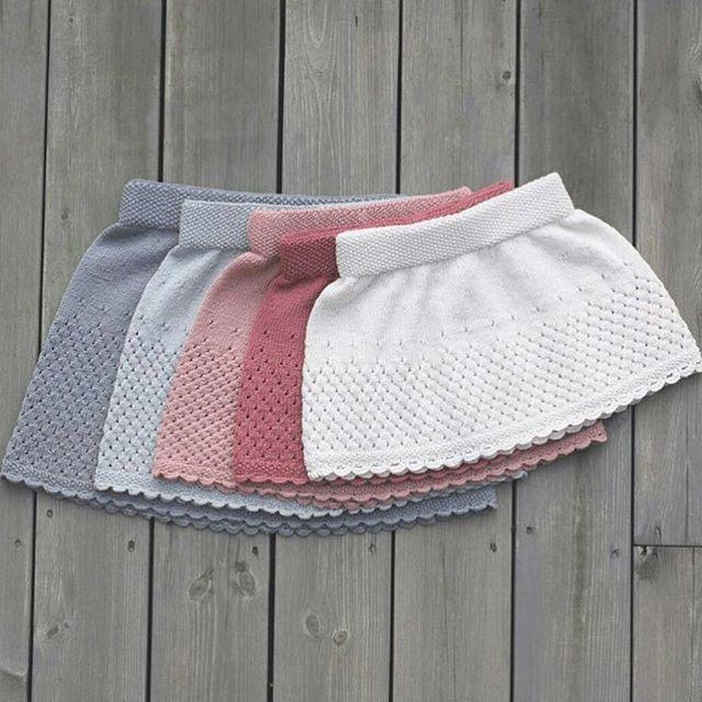 Para tres meses, 19cm de  largo, lo mismo para la otra falda
