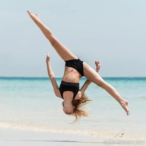 gymnastics aerial jump splits dancer