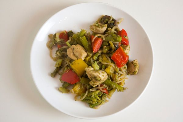 Chicken, asparagus and broccoli stir fry with zero-calorie noodles