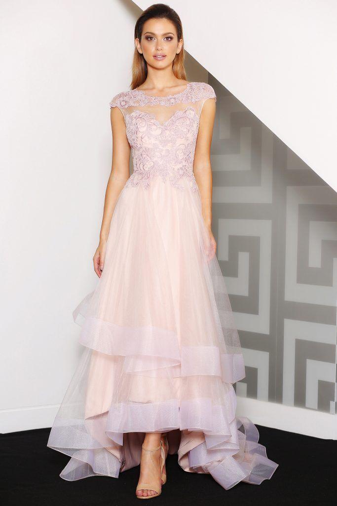 Breathtakingly beautiful Jadore formal dress. #formaldresses #formalgowns #promdress #promdresses #jadore