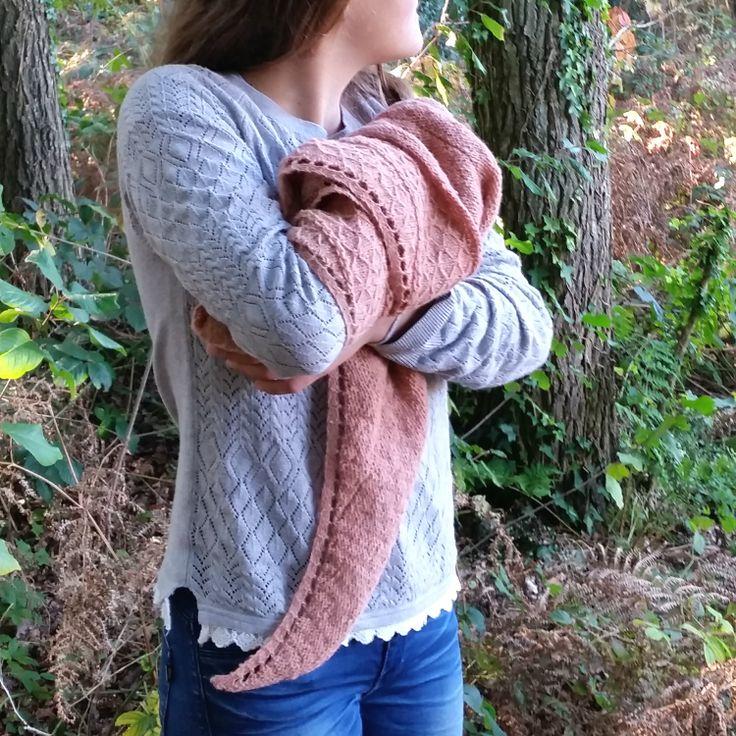 Whakata shawl Moeke Yarns